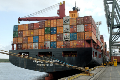 Shipping international using ocean freight services